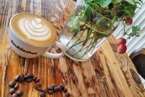 ŠŤASTNÁ KOZA –  kavárna & pekárna